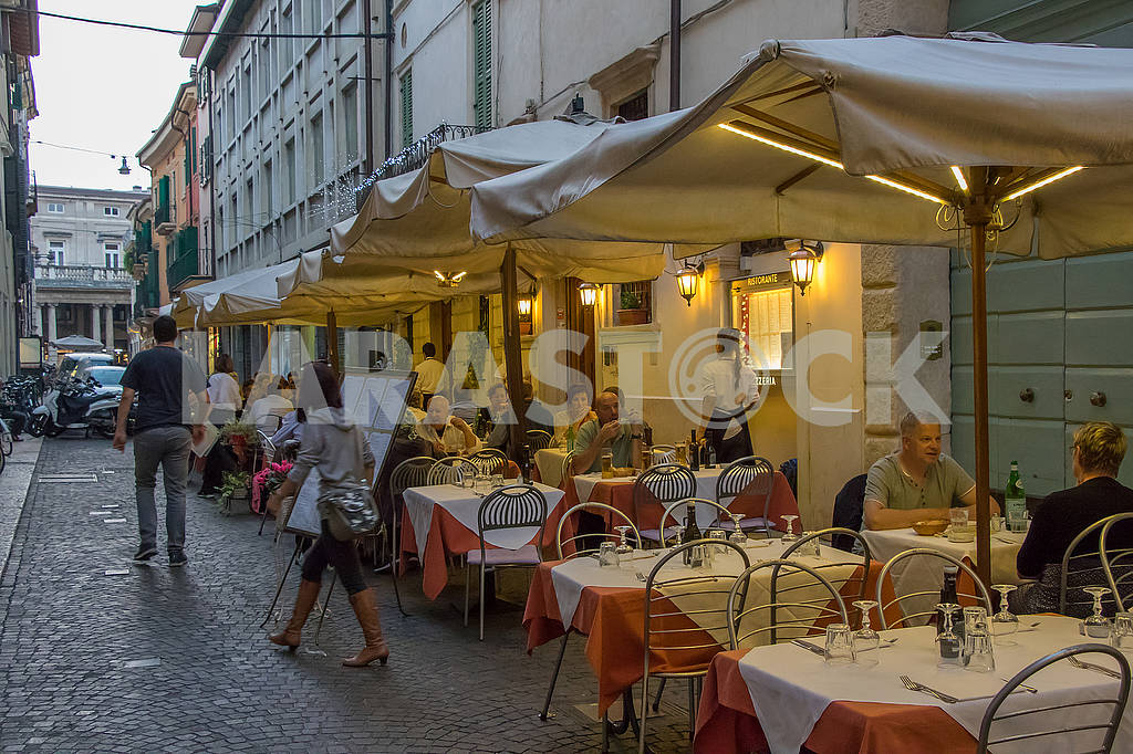 Cafe in Verona — Image 67056