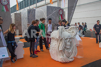 Скульптура из  мрамора