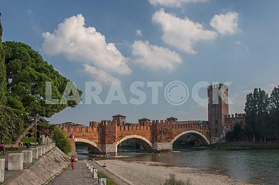 Мост Понте Скалигеро