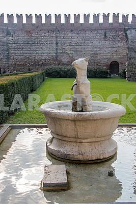 The fountain in Verona