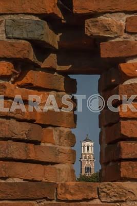 Вид на колокольню Ламберти