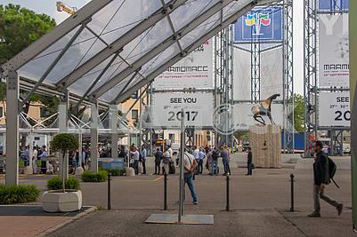 Exhibition pavilion in Verona