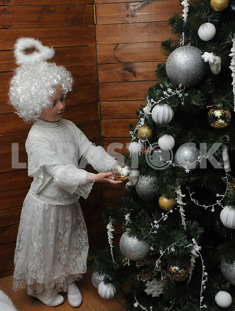 The girl in the costume of an angel — Image 67457