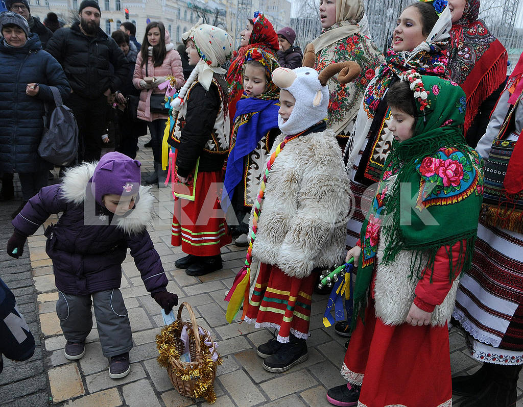 Christmas procession with stars — Image 67501