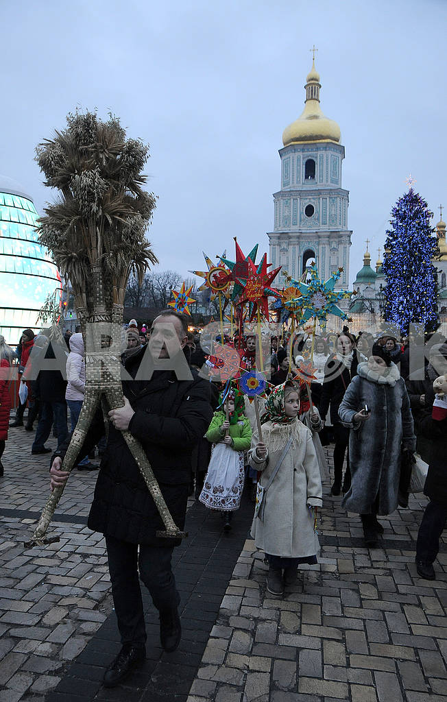 Christmas procession with stars — Image 67509