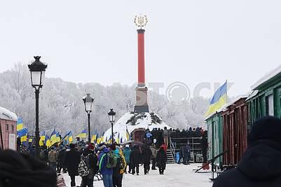 Чествование памяти Героев Крут у Мемориала Героев Крут в Черниговской области