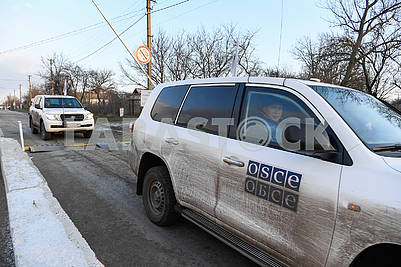 The OSCE car on the Gnutovo