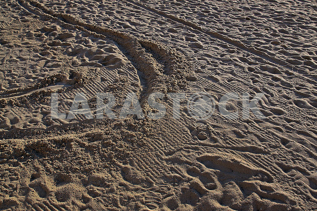 People trampled sand on the Mediterranean Sea beach — Image 68219
