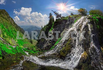Дикий водопад Мармарош
