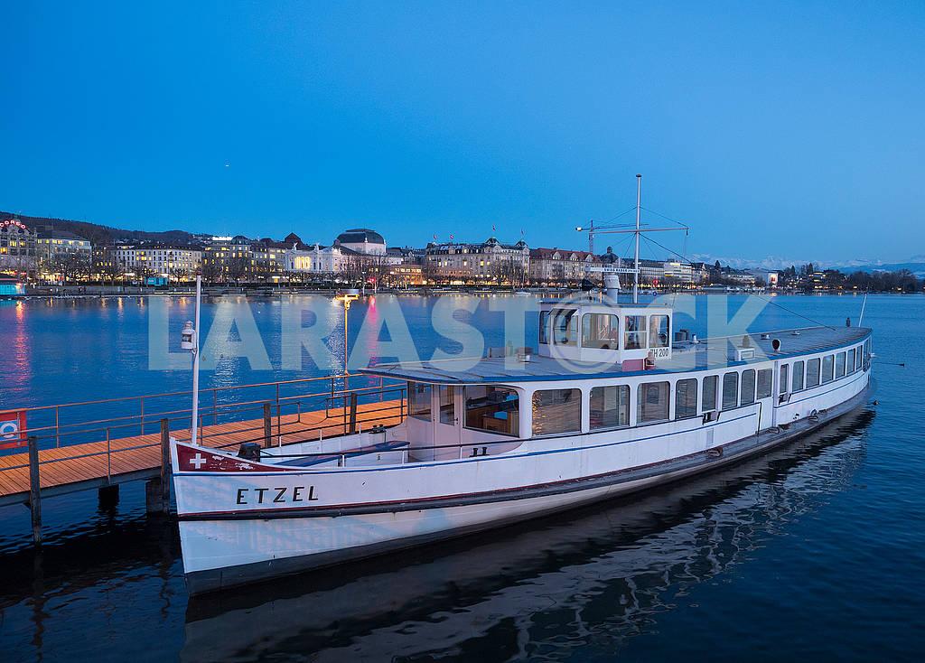 Boat near the pier — Image 68435