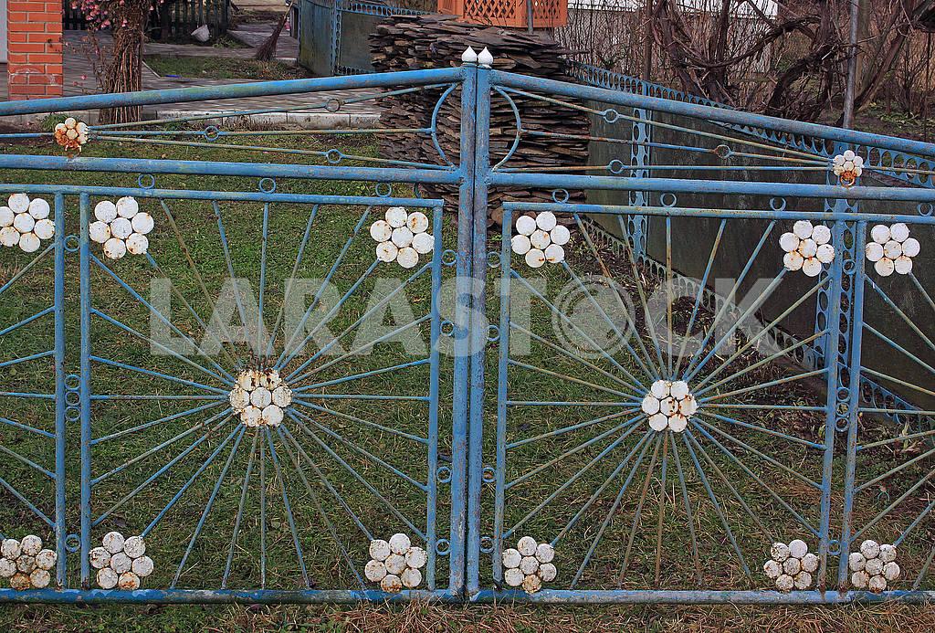 Old metal gates — Image 68485