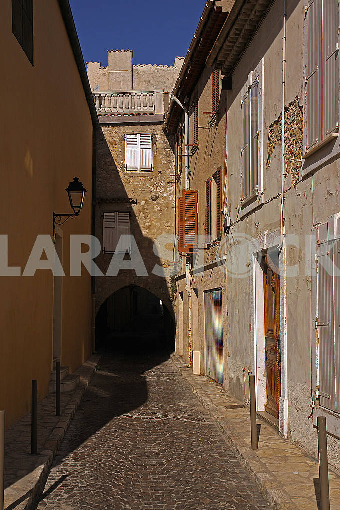 Arceaux Street in the city of Antibes — Image 68957