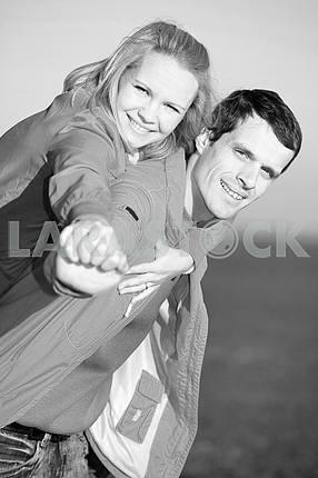 Молодые любви , пара, улыбаясь