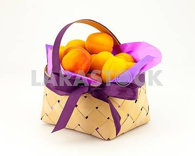Fresh, delicious, ripe apricots