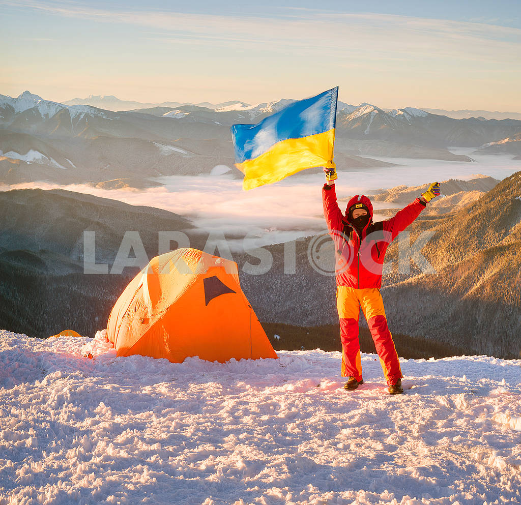 Flag of Ukraine against Montenegro Goverla — Image 69080