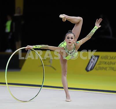 Meleshchuk Eve with a hoop