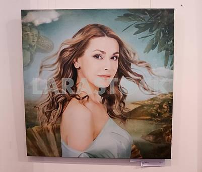 "Photo portrait of the ""Birth of Venus"" at the Ukrainian Art Week."