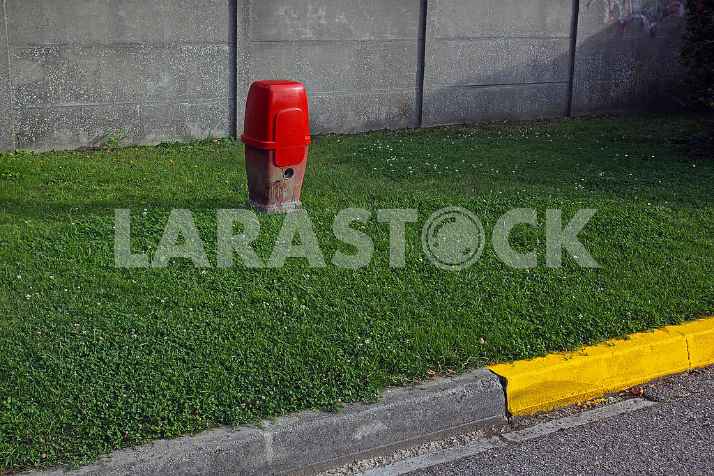 Red fire hydrant — Image 69606