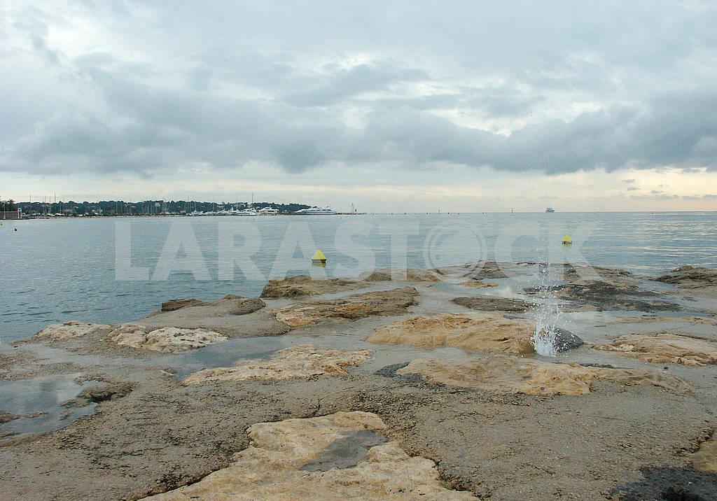 Stone beach in Antibes — Image 69689