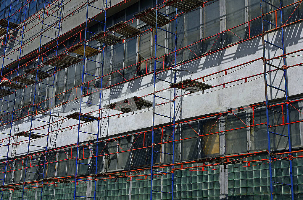 Scaffolding on the facade — Image 69746