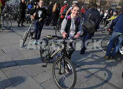"Flashmob ""On a bicycle to work"""