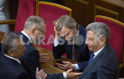 Alexander Vilkul, Vadim Novinsky, Yuri Boyko