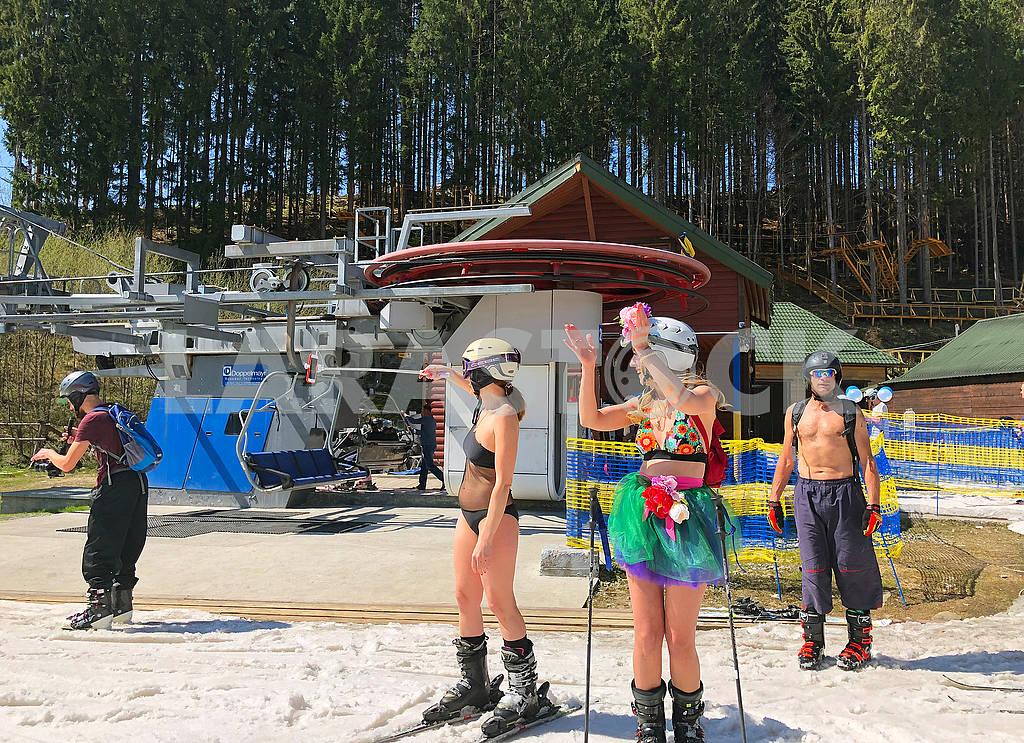 Skiers in Bukovel — Image 70152