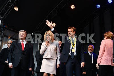 Petr Poroshenko, Brigitte Macron and Emmanuel Macron
