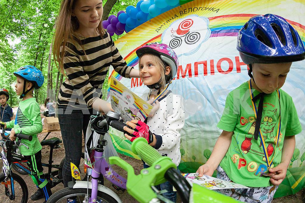"""Дитячі велоперегони """"Ми - чемпіони!"""" — Image 70936"""