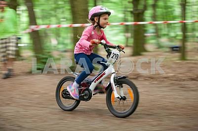 """дитячі велоперегони """"Ми - чемпіони!"""""""