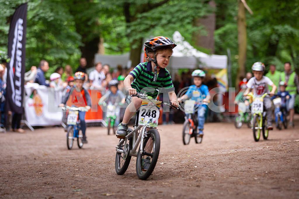 """Дитячі велоперегони """"Ми - чемпіони!"""" — Image 70954"""