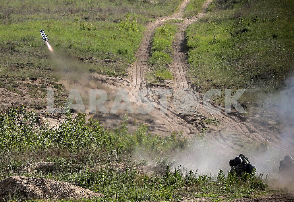 Launch of the Javelin ATGM — Image 70991