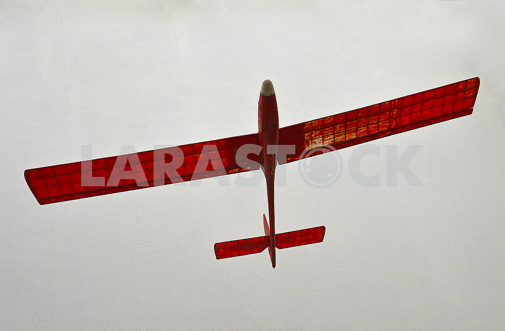 Paper red model of a airplane — Image 71114