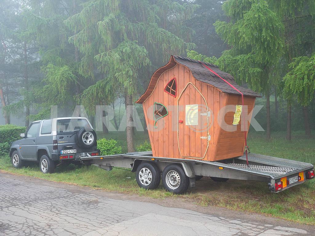 Children's hut on the trailer — Image 71387