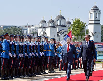 Petro Poroshenko, Aleksandar Vucic, honor guard