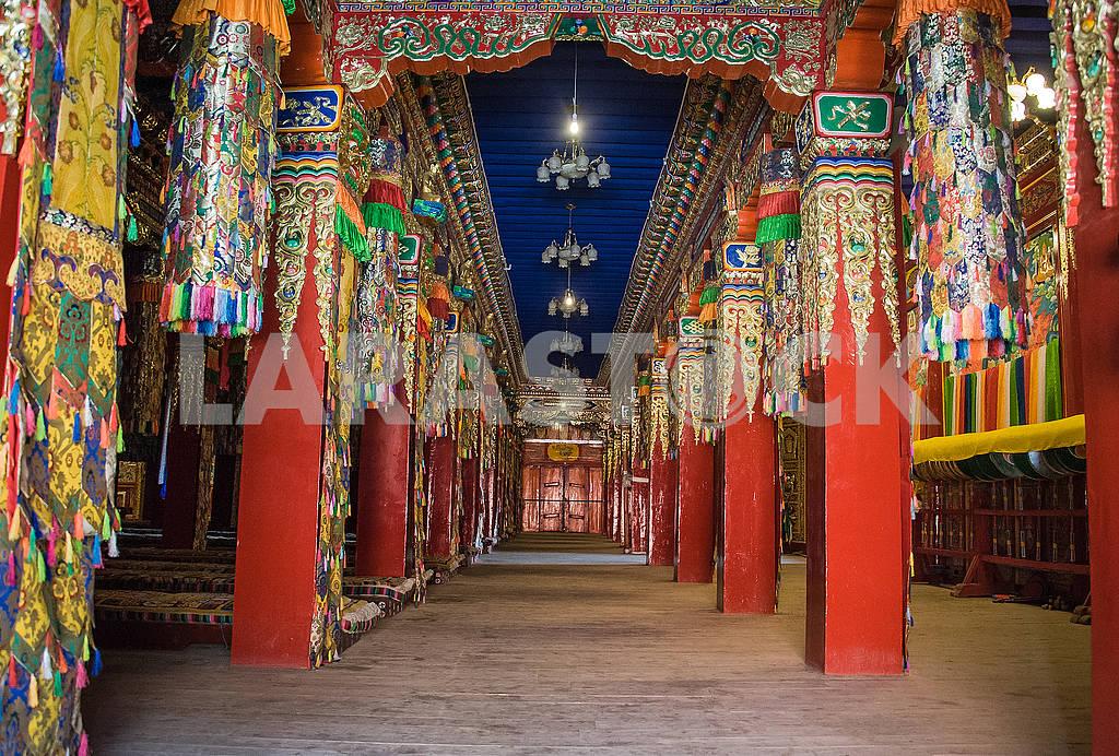 Колонный зал ритуальных обрядов девятиэтажного храма — Изображение 72484
