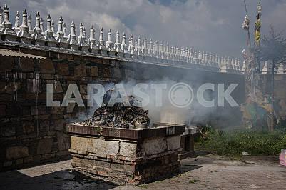 Каменная печь для ритуального костра
