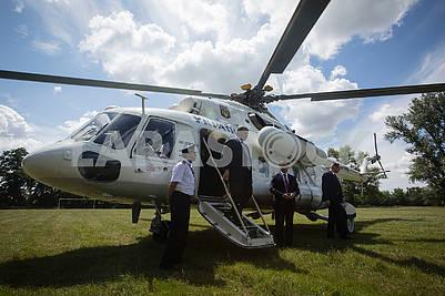 Вертолет президента Украины