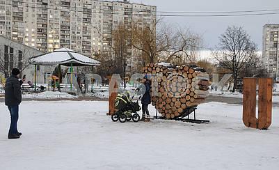 "A huge ""valentine"" near Lake Telbin in Kiev"