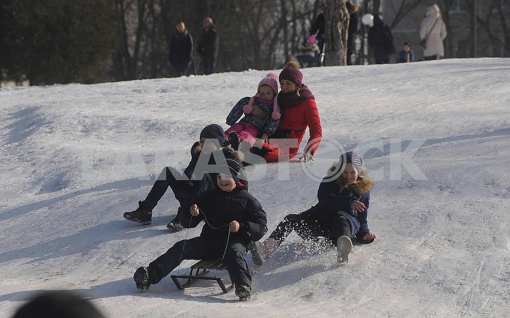 Зимние развлечения — Изображение 72678