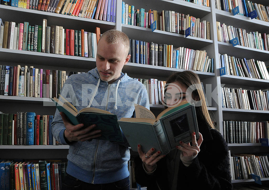 Visitors in the library. T.G. Shevchenko — Image 73071