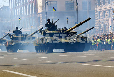 Tanks on Khreshchatyk