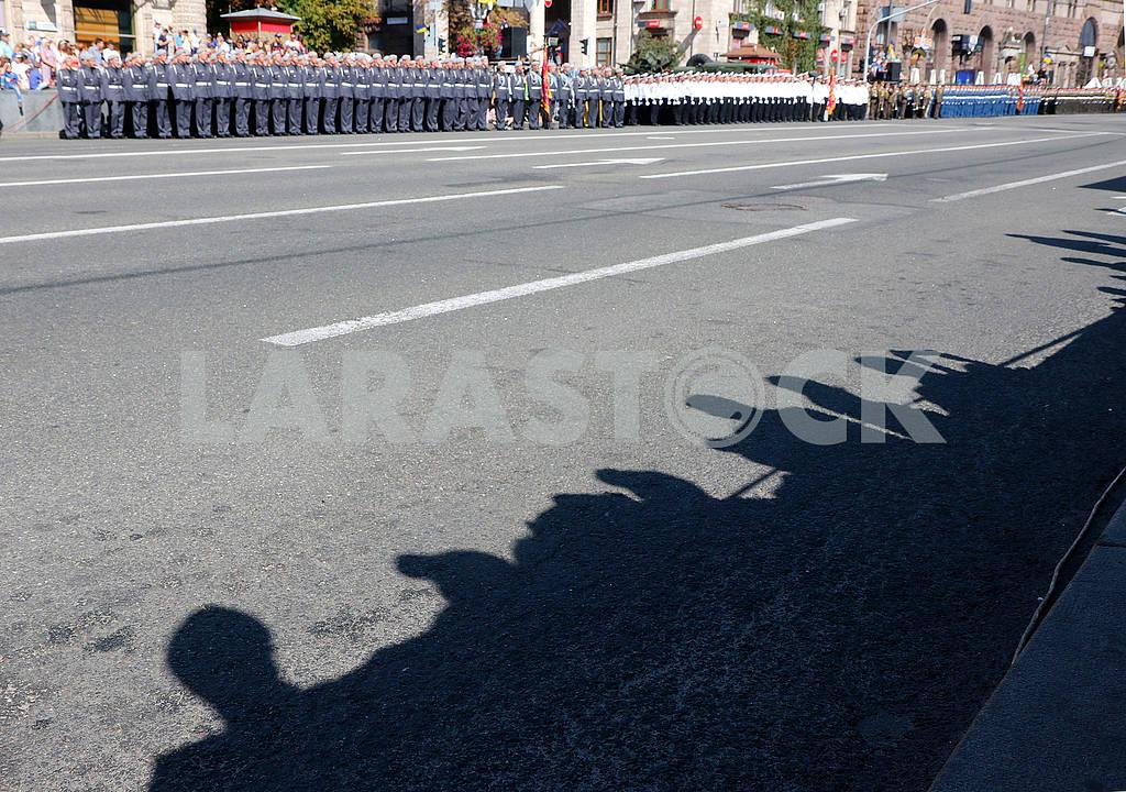 Участники парада и зрители — Изображение 73599