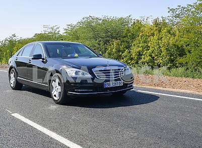 Автомобиль президента на шоссе