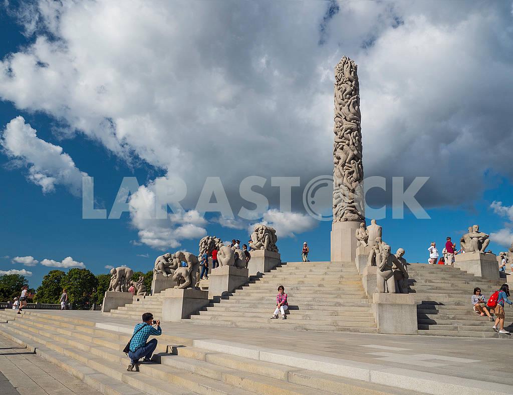 Скульптурная композиция в парке Вигеланда — Изображение 73785
