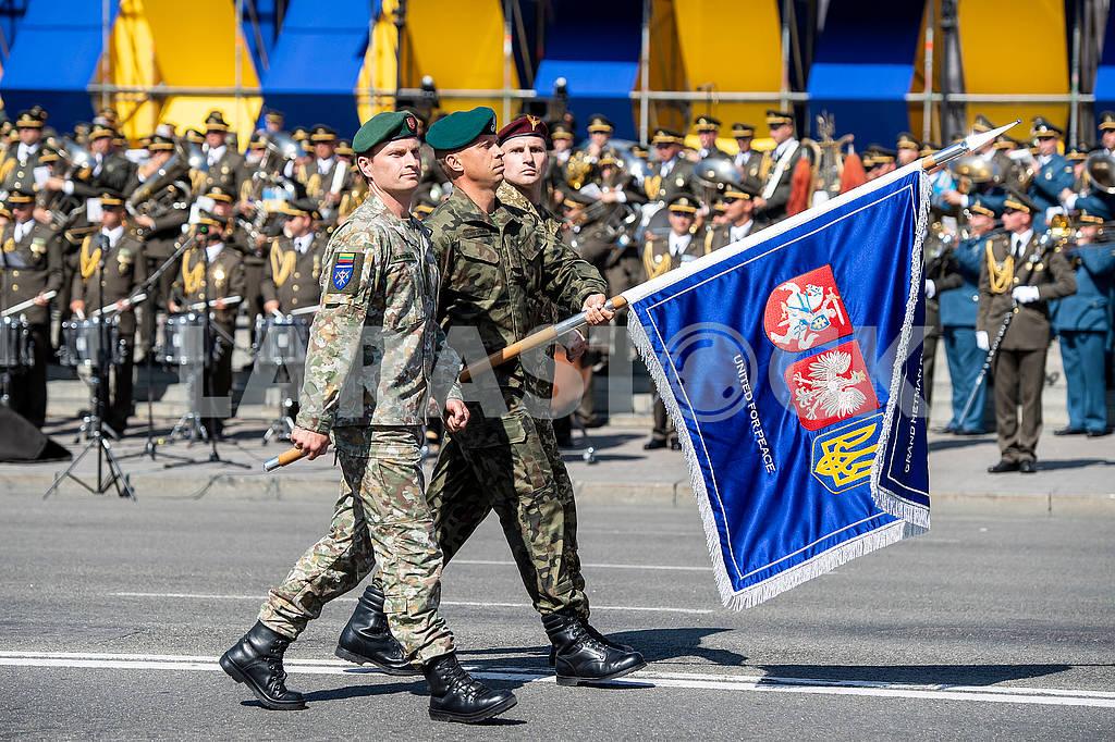 Флаг украино-литовско-польского батальона — Изображение 73816