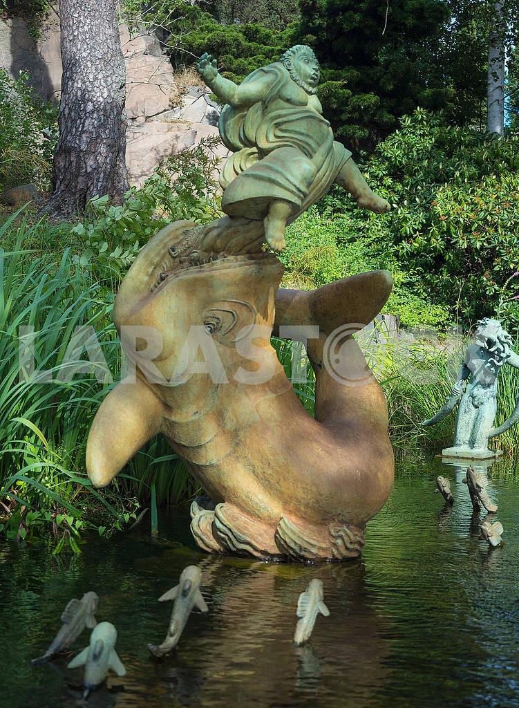 Скульптуры в бассейне — Изображение 73878