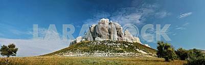 Belokusminovka Rocks