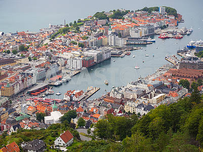 The bay in Bergen from a height