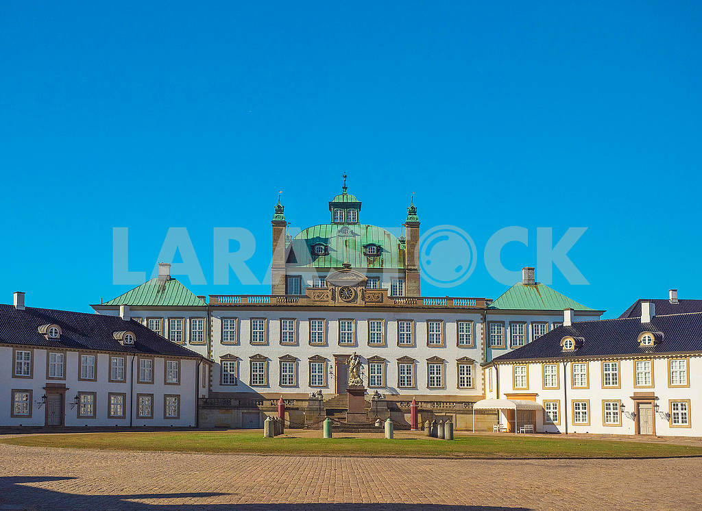 Дворец Фреденсборг — Изображение 74153